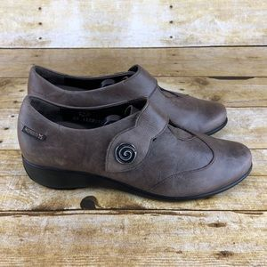 Mephisto Taupe Tulip Loafers